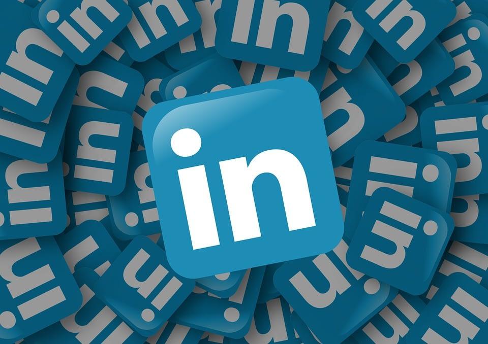 Trovare lavoro con i social network: Facebook, LinkedIn e Youtube